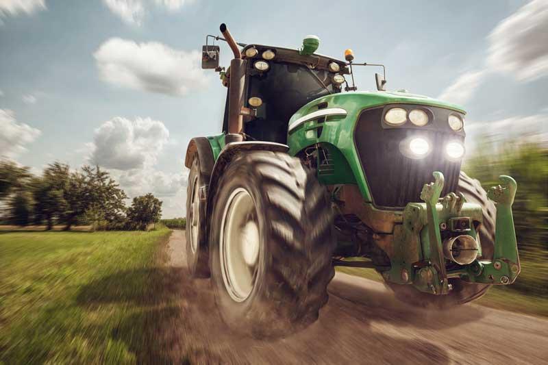 Modernes Mehrzwecköl für Landwirtschaft und Baumaschinen